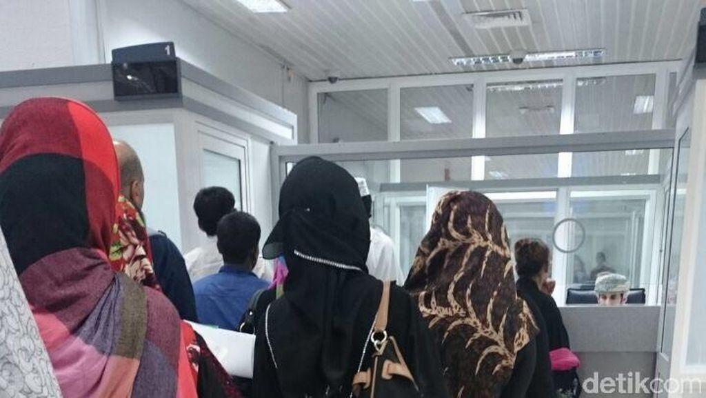 Ratusan WNI Overstayers di Oman Dipulangkan, Diantar hingga Kampung Halaman