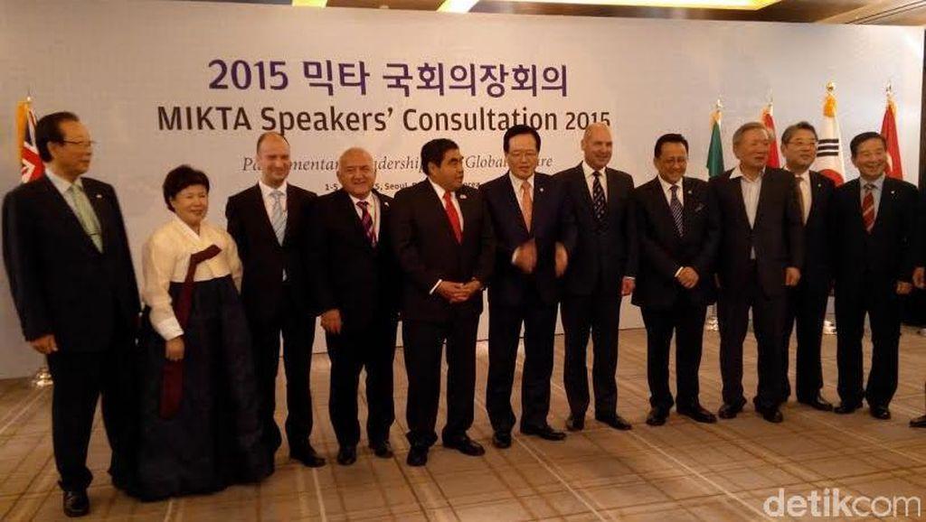 Lewat UU Baru, Politisi Menerima Suap Dihukum Berat di Korea Selatan