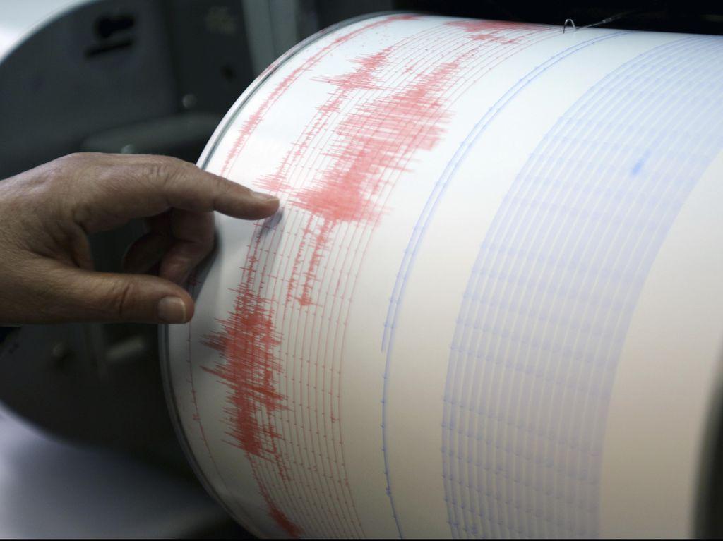 3 Orang Tewas Akibat Gempa di Xinjiang China