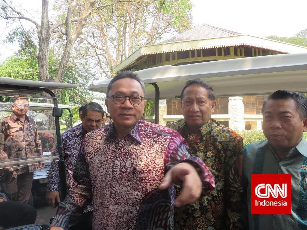 Jokowi Beri Sinyal Reshuffle, Ketua MPR: Saya Sarankan Usai Lebaran Saja