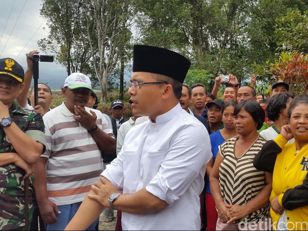 Didatangi Bupati Anas, Warga Kaki Gunung Raung Malah Protes