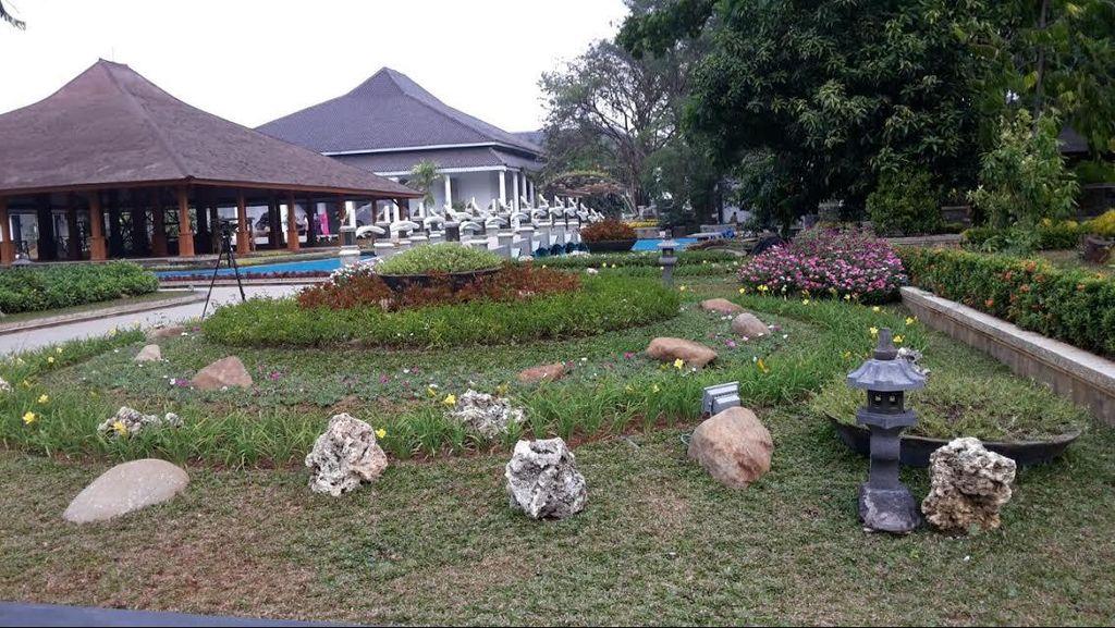 Taman di Halaman Pemkab Purwakarta ini Jadi Favorit Warga Ngabuburit