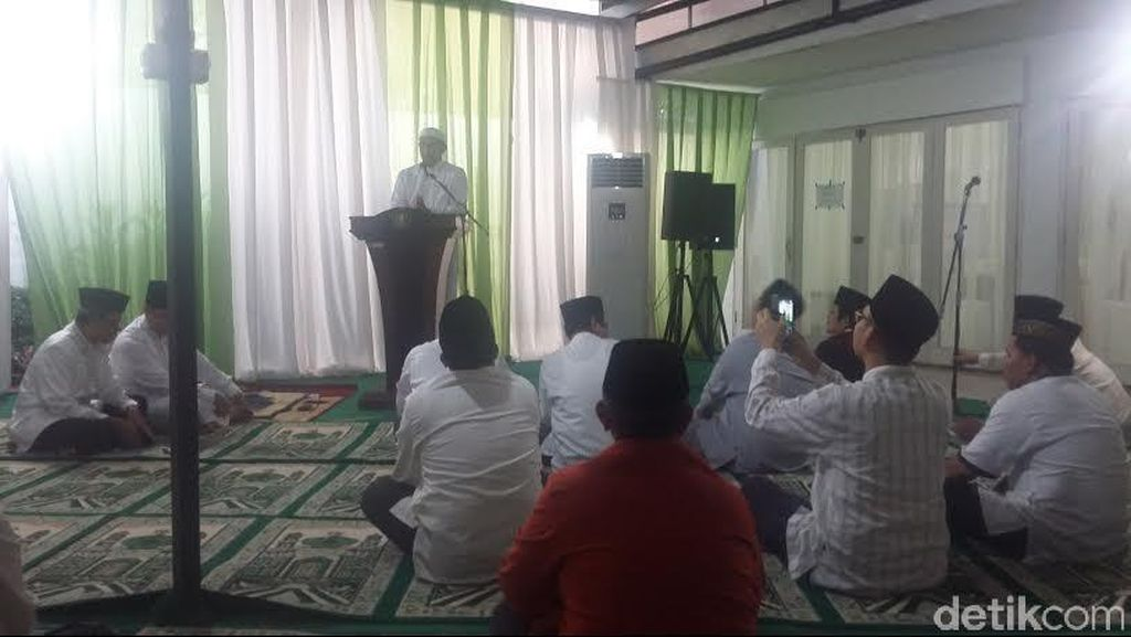 Gelar Bukber dengan Komisi VIII, Menag: Eratkan Tali Silaturahmi