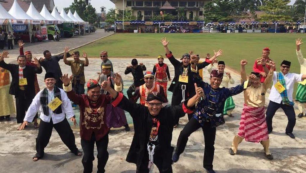 Melihat Foto Gaya Anak Muda Kapolda dan para Perwira Polda Kalbar
