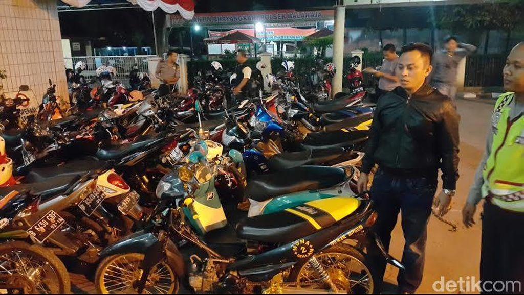 Trek-trekan Jelang Sahur, 45 Motor Diangkut Polisi