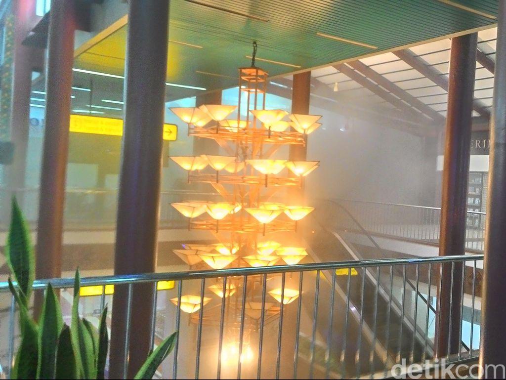 Saksi: Asap Sudah Tak Mengepul Lagi di Terminal 2F