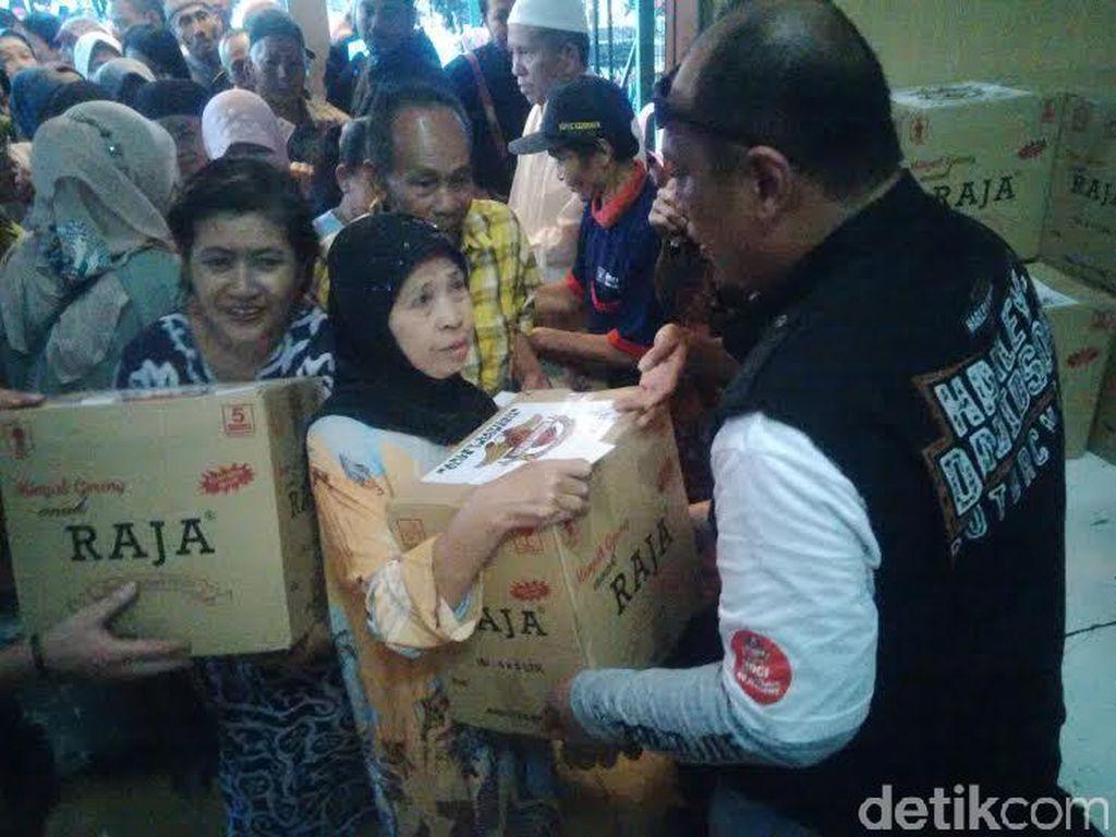 HDCI Surabaya Blusukan Kampung, Gelar Baksos di Kemlaten