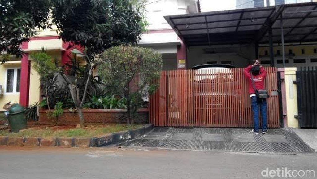 Jaga Rumah Kompol Afif di Bekasi, Polisi Buat Pos Sementara di Lokasi