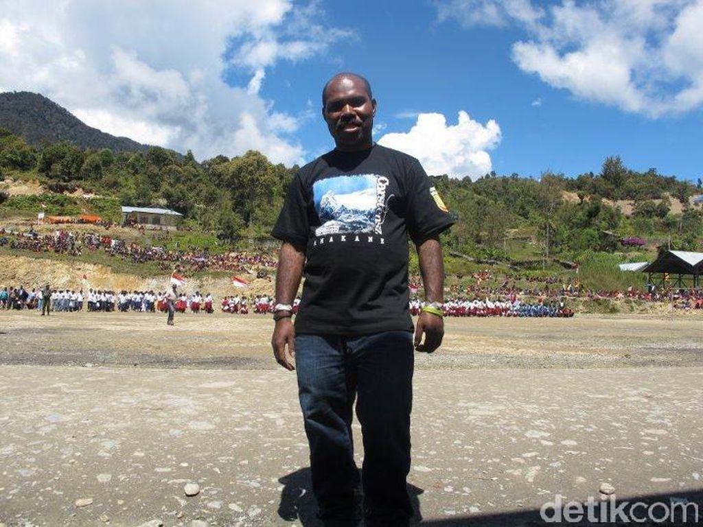 Kisah Pilu Orang Tua Bikin Maximus Bertekad Sehatkan Papua