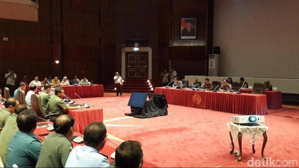 Jelang Purna Tugas, Panglima TNI Sampaikan Hasil Kinerja ke Komisi I