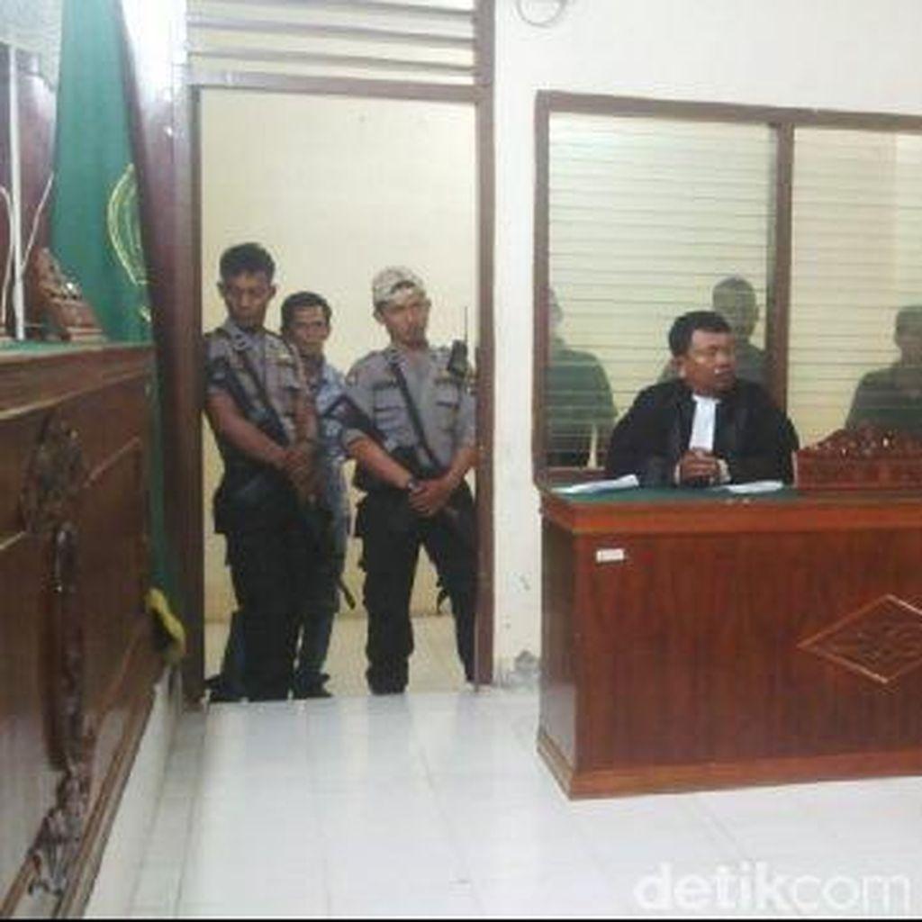 Satu Keluarga Dituntut Mati, Ini Rute Impor 14 Kg Sabu dari Malaysia (2)