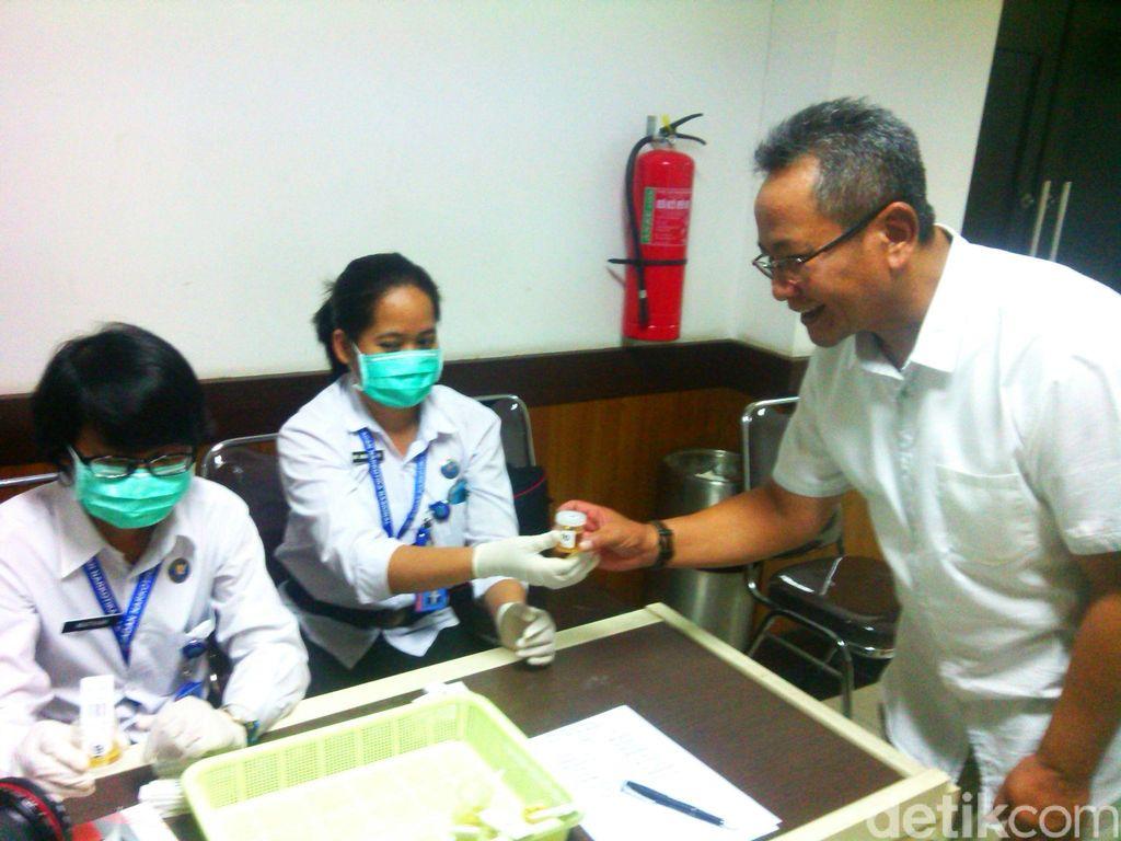 Anggota DPRD Jabar Dites Urine di Bulan Puasa, Hasilnya Negatif