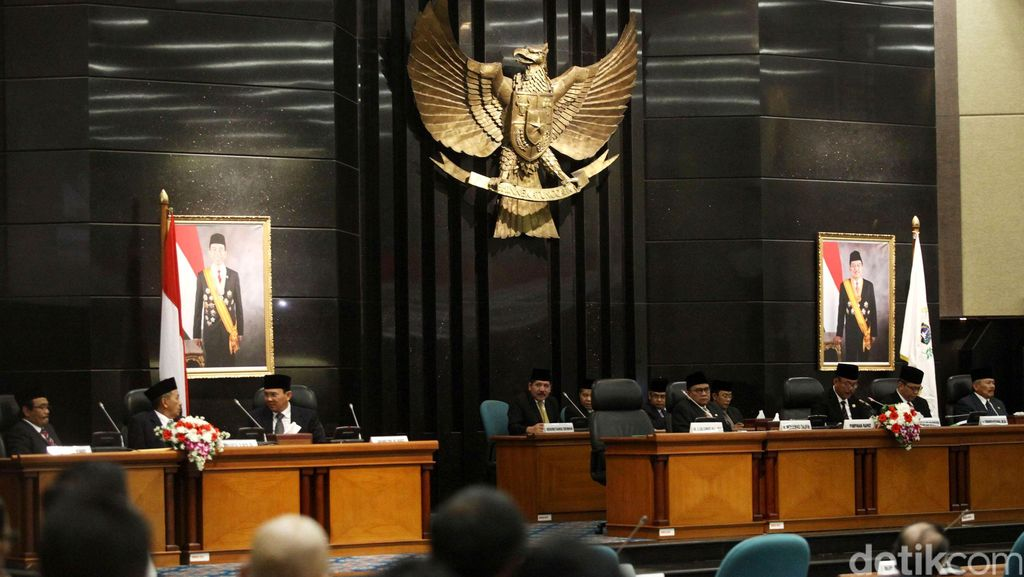Wakil Ketua DPRD DKI Taufik: APBD Bisa Dikebut Kalau Sabtu Tetap Rapat