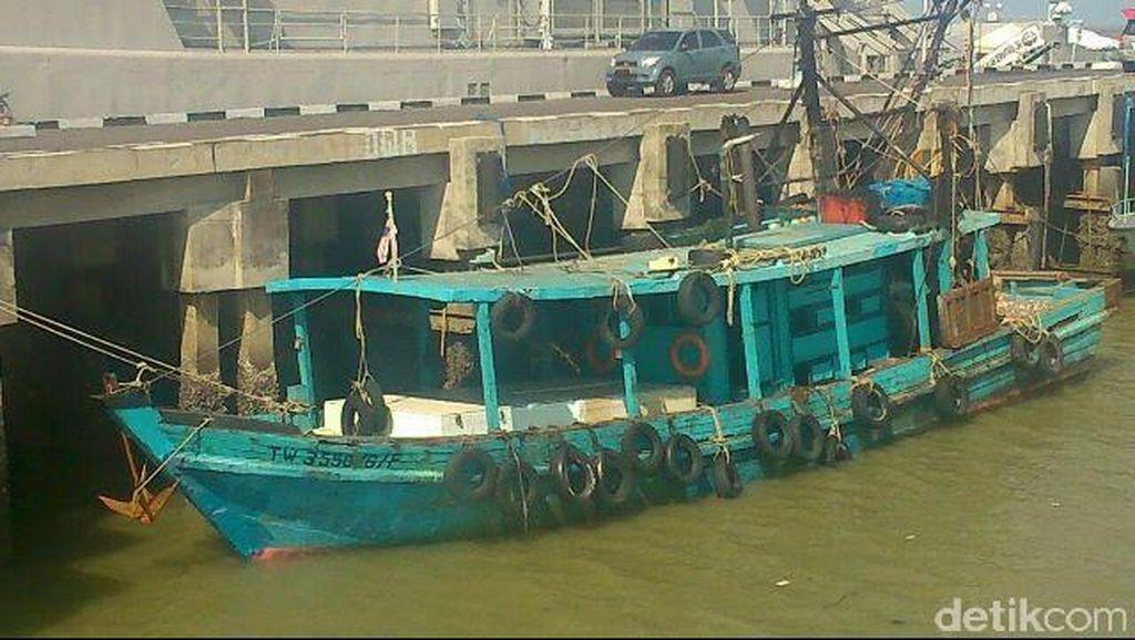 TNI AL Tangkap Kapal Pencuri Ikan Berbendera Malaysia di Ambalat