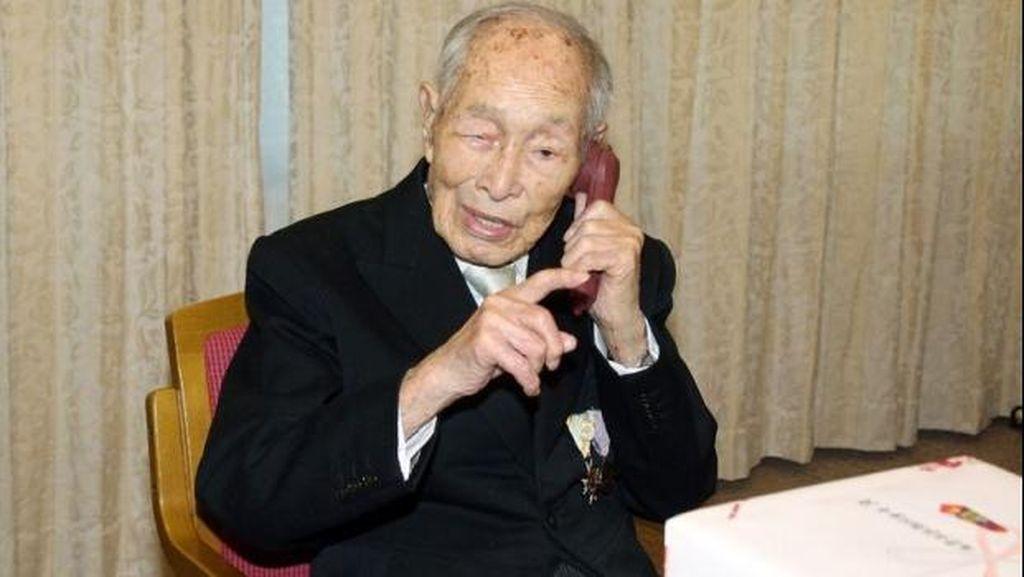 Pria Tertua di Dunia Meninggal di Usia 112 Tahun