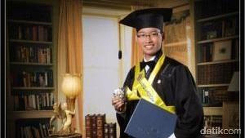 Cerita Sukses Arief Bang Kiming Jadi Doktor Teknik Termuda Indonesia