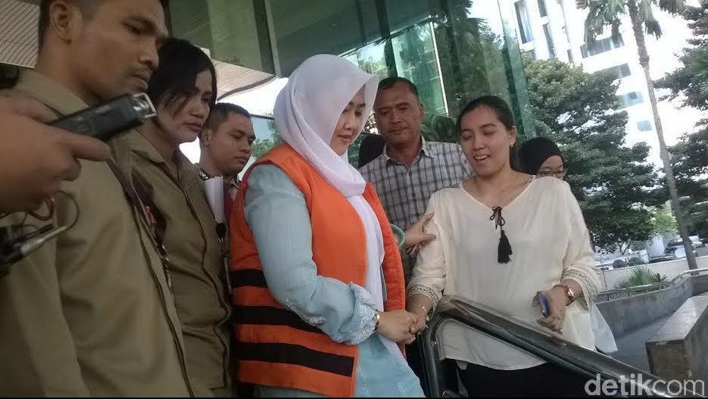 Bupati Empat Lawang dan Istri Jalani Pemeriksaan Pertama Usai Ditahan