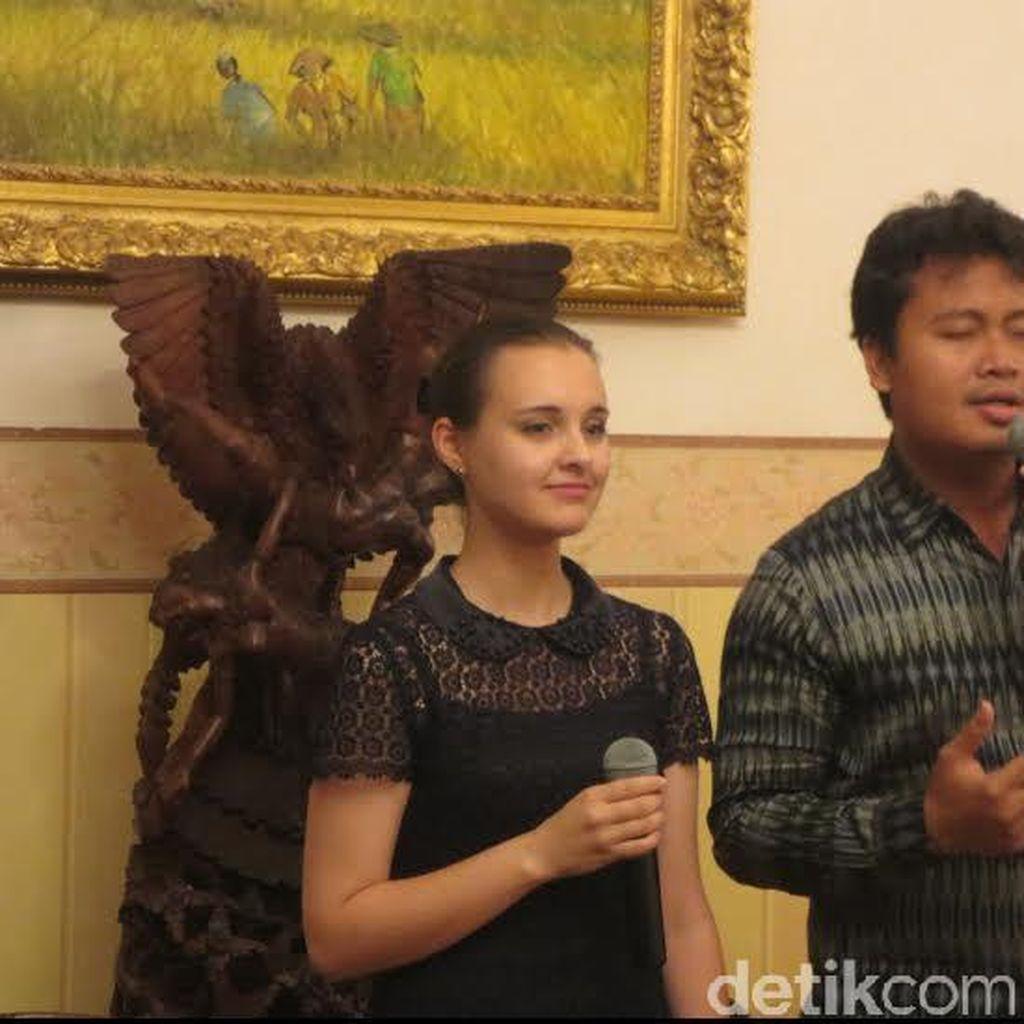Perkenalkan ini Yulia Guseva, Gadis Rusia yang Cinta Lagu Nasional RI