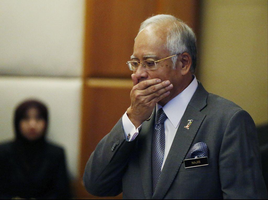 PM Najib Ganti Wakilnya dan Pecat Jaksa Agung
