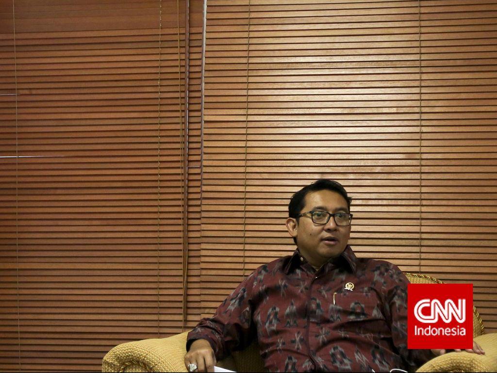Fadli Zon Kritik Uang Saku dari Ahok untuk TNI Polri