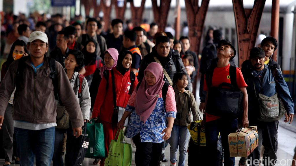 Angka Kecelakaan Turun, Komisi V DPR Anggap Mudik 2015 Lebih Baik