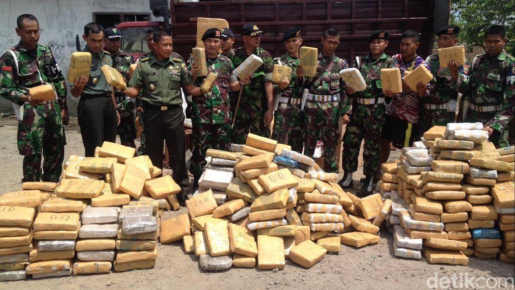 TNI Amankan 1,5 Ton Ganja asal Aceh