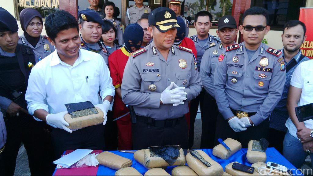 Polisi Gagalkan Penyelundupan Ganja 13 Kg di Pelabuhan Sekupang Batam