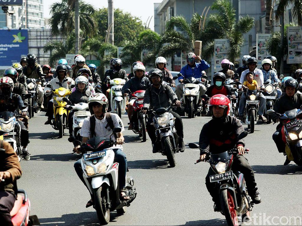 Jumlah Motor Pemudik yang Dititipkan Balik dari Solo ke Jakarta Menurun