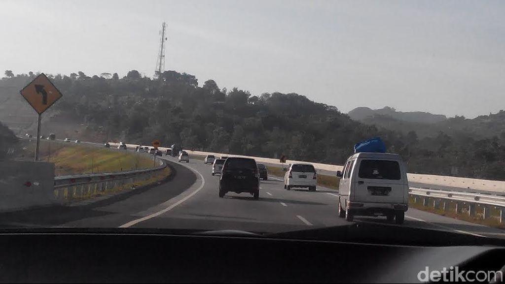 Bak Fast and Furious, Begini Aksi Polisi Kejar Perampas Truk di Cipali
