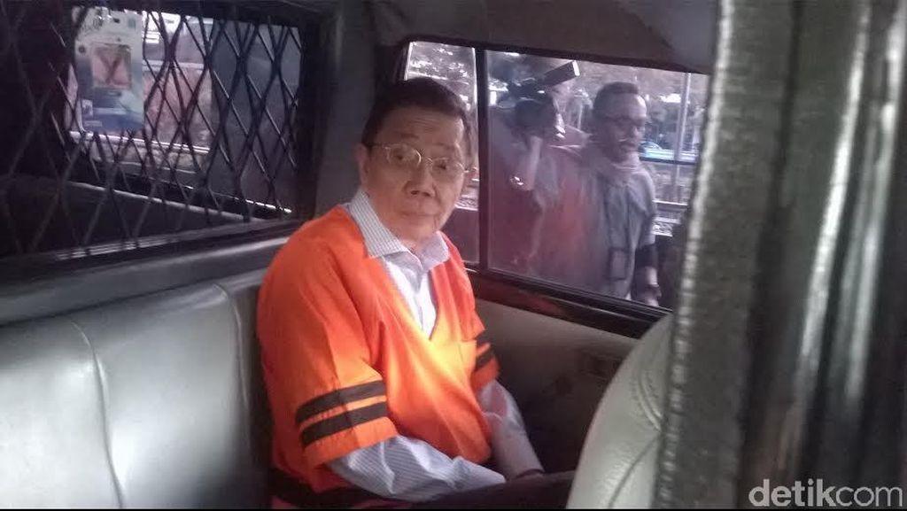 KPK Tahan Dirut PT Traya Tirta Makassar Hengky Widjaja Terkait Kasus PDAM