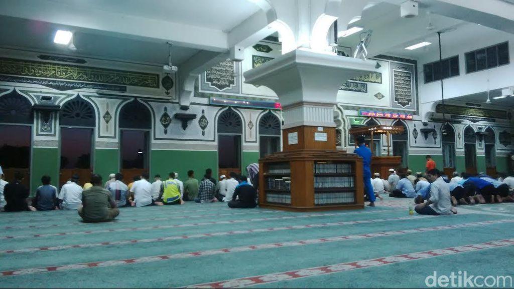 Cerita Takbiran Warga Belanda di Masjid Al Azhar Kebayoran Baru