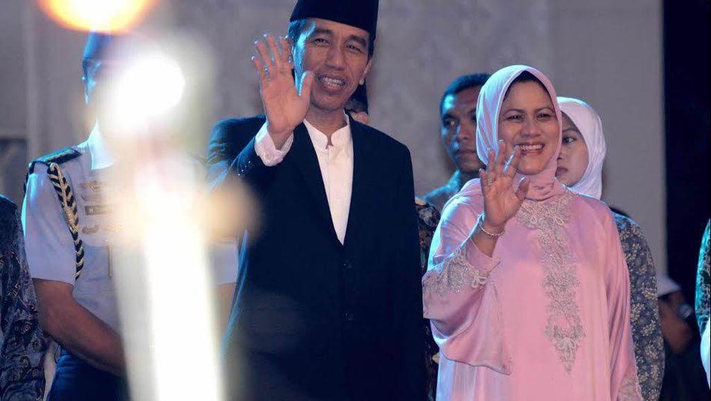 Tari Paduppa dan Lagu Sang Surya Sambut Jokowi di Muktamar Muhammadiyah