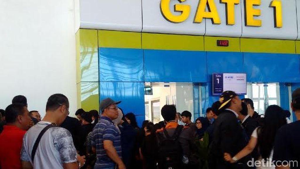 Garuda Tak Juga Terbang dari Makassar ke Jakarta, Penumpang Menunggu Tanpa Kepastian