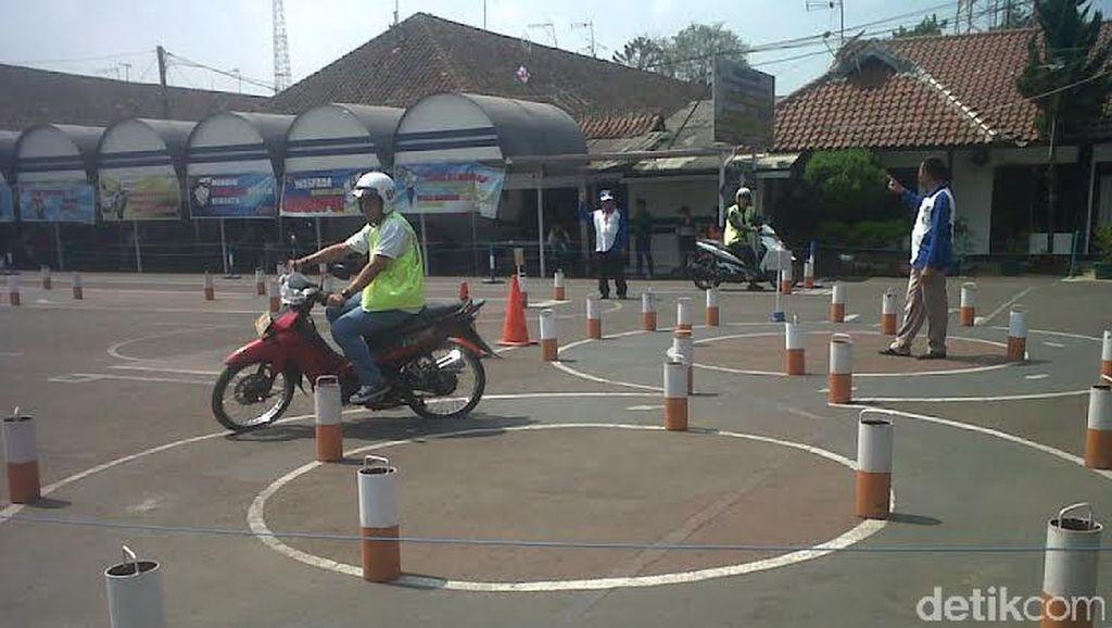 Catat Ya Buat Bikers! Mulai Mei 2016 SIM C Tidak Berlaku untuk Semua Motor