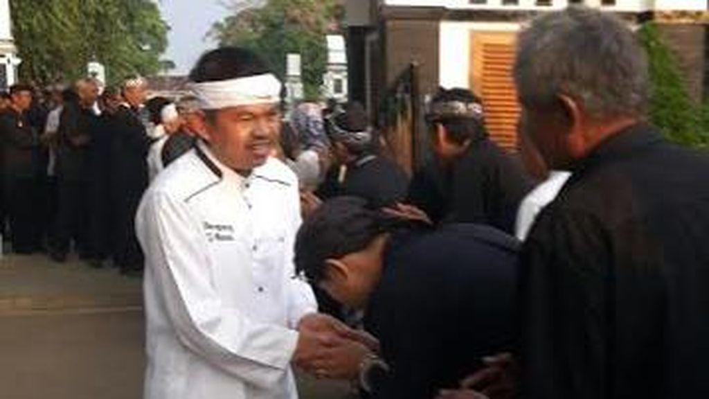 Unik di Purwakarta, Bupati yang Malah Menghampiri PNS dan Bersalaman