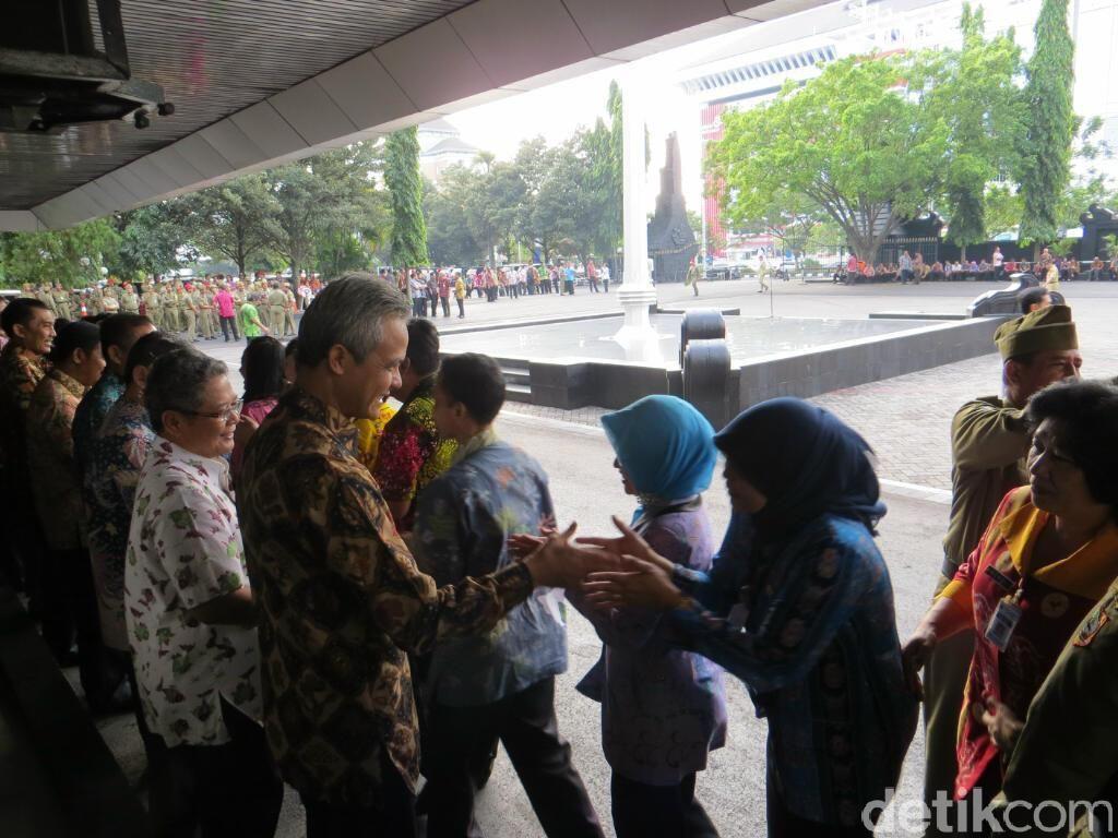 Hari Pertama Kerja, Kepatuhan PNS Pemprov Jateng Lebih Baik dari Tahun Lalu