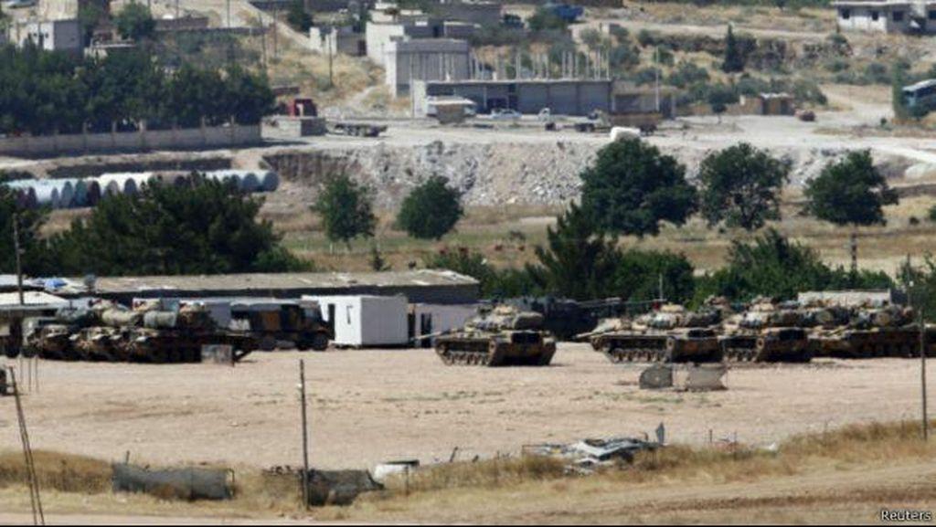 Tank-tank Turki Serang Sasaran Kelompok Negara Islam di Suriah