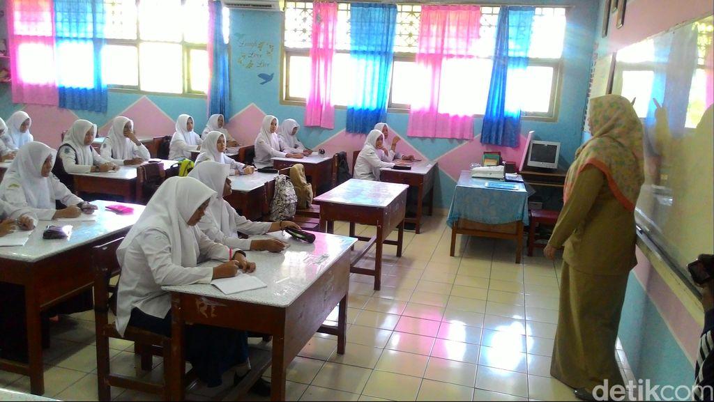 Mulai Tahun Ini Kelas Siswa Putra dan Putri SMA di Banda Aceh Dipisah
