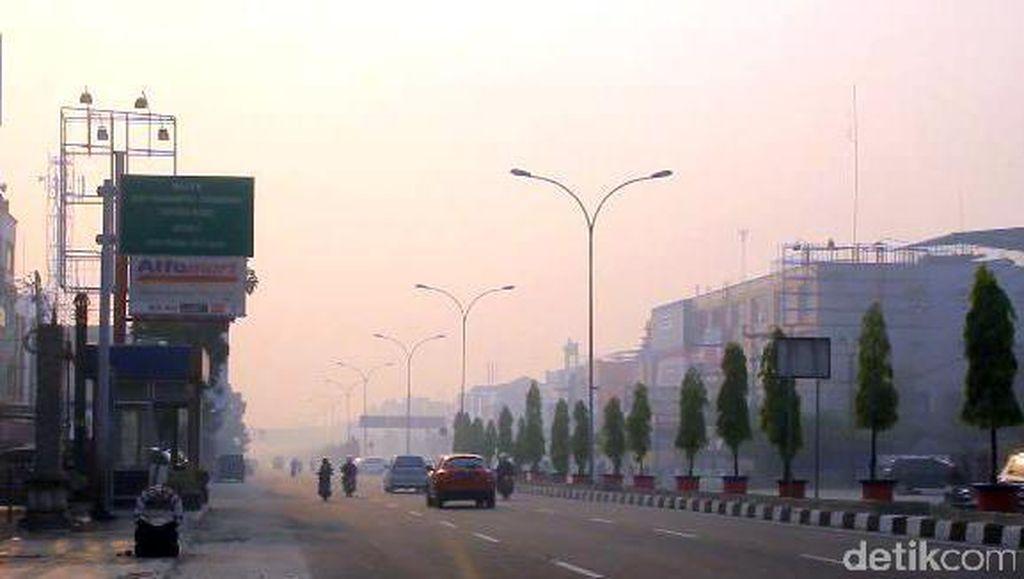 Lagi, Kota Pekanbaru Dikepung Asap Kebakaran Hutan