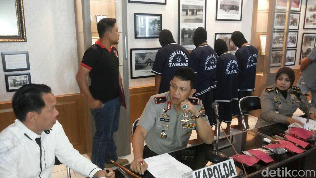 Polda Lampung Ciduk Komplotan Begal Sadis, 1 Tewas Ditembak