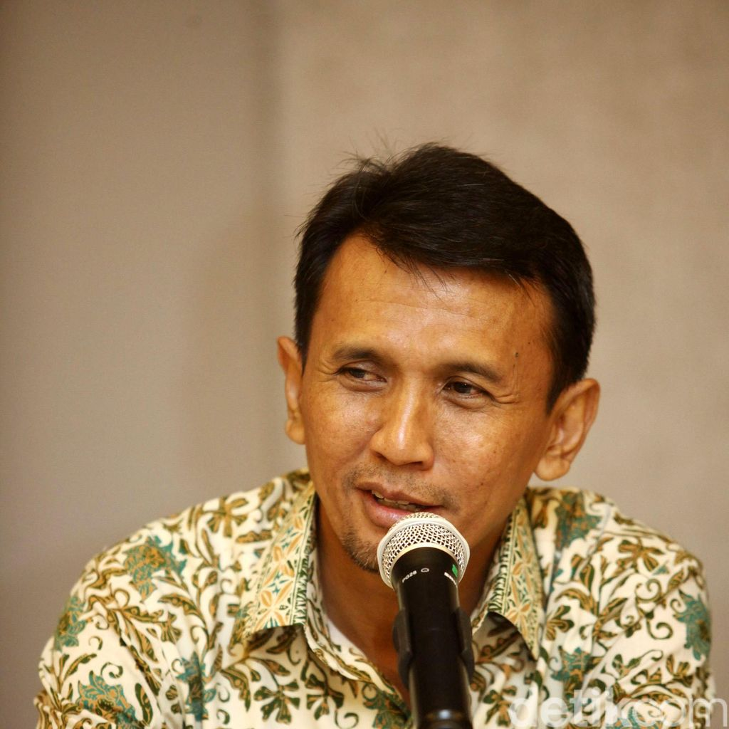 Pihak Gerry: OC Kaligis Pakai Mobil Gubernur Gatot Saat Temui Hakim
