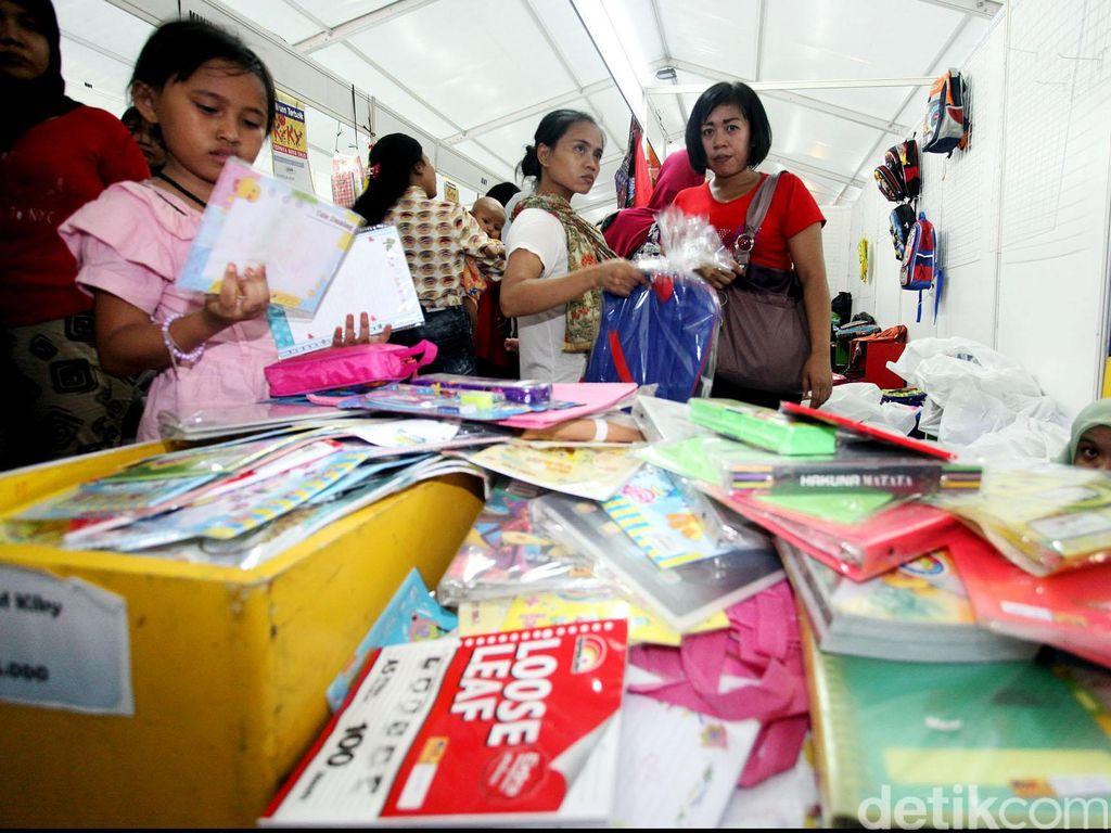 Transaksi Non Tunai di Jakbook Edu Fair yang Terkendala Listrik