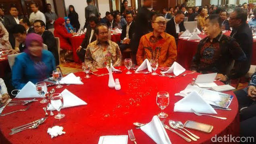 Zulkifli Hasan dan Hary Tanoe Beri Sambutan di Pelantikan Forum Alumni IMM