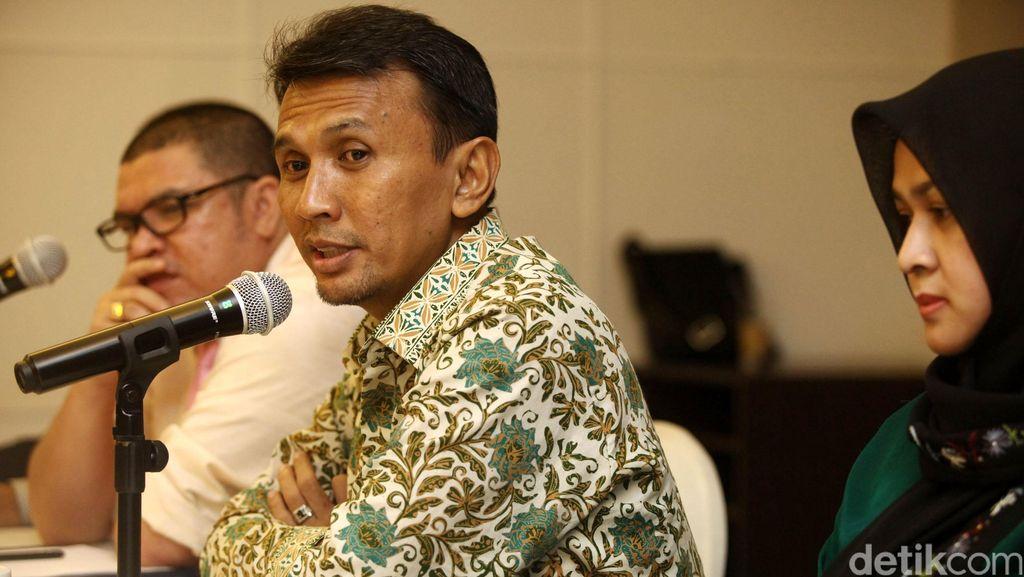 Gubernur Gatot Mulai Diberhentikan Sementara Saat Jadi Terdakwa di Sidang
