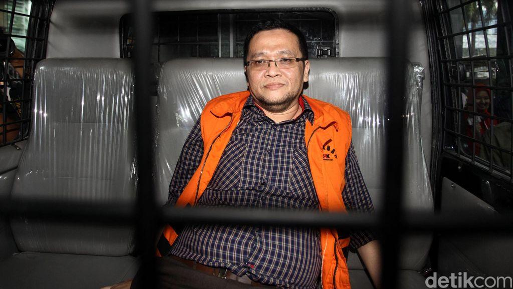 Kasus Korupsi Alkes Tangsel, Orang Kepercayaan Wawan Dituntut 4 Tahun