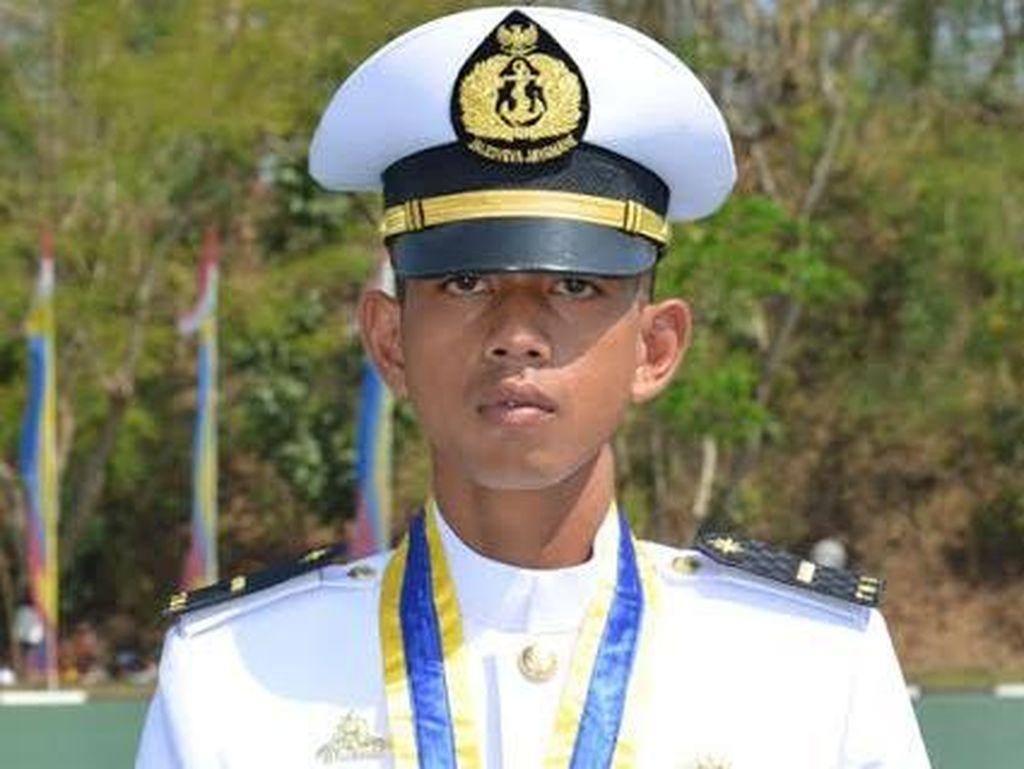 Ini Dia Peraih Adhi Makayasa Perwira Remaja AAL, Letda Laut (P) Adyksa Yudistira