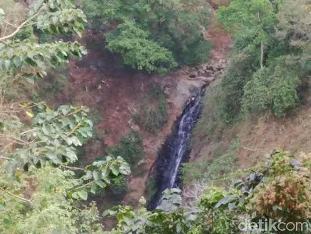 Siswa SMK di Probolinggo Tewas Jatuh dari Air Terjun