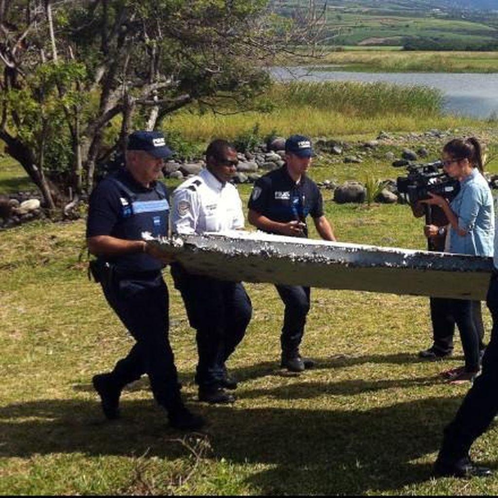 Analis CNN: Ada 3 Indikasi Puing Pesawat di Reunion adalah Bagian MH370