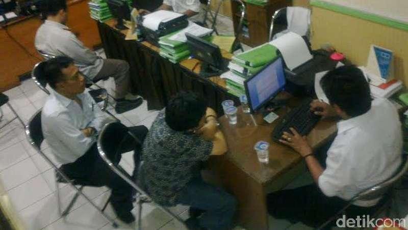 Dua Tersangka Penipuan CPNS di Bandung Berstatus PNS Aktif