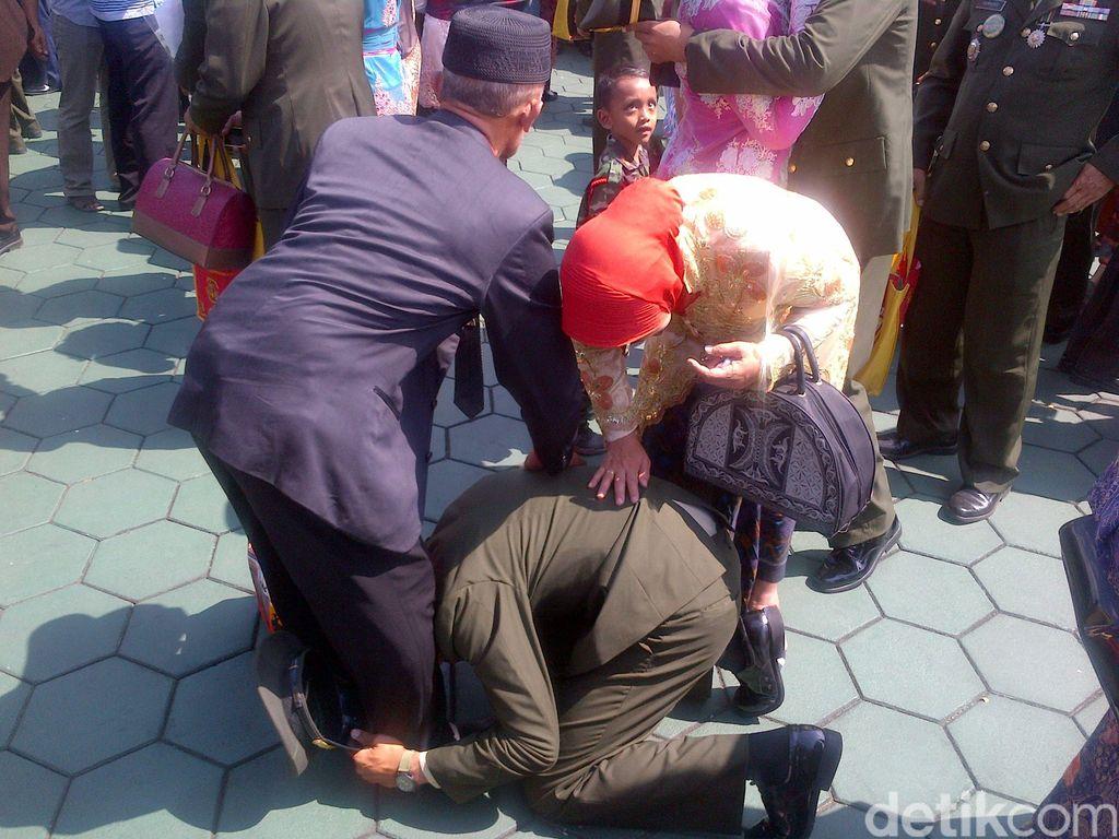 Begini Aneka Wujud Syukur Perwira Remaja TNI-Polri usai Dilantik Jokowi